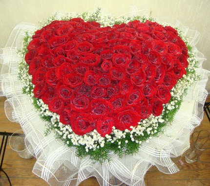 Nanchang, Lanzhou flower delivery florist flower shop in Kunming , Hangzhou, Hefei is still excellent flower shop 99 red roses 83