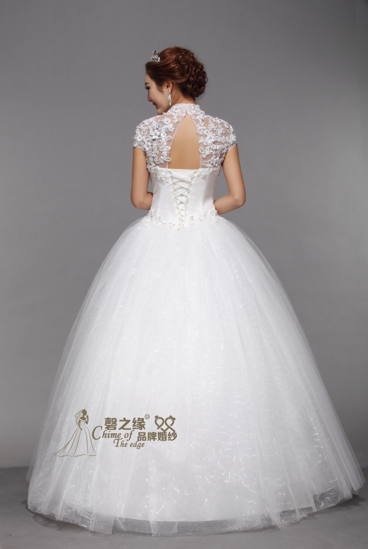Свадебное платье ОПРАВА перезвон 2013 позднее Ци плечо кружева Винтаж Свадебные цветы, Свадебные платья короткие тонкий платье